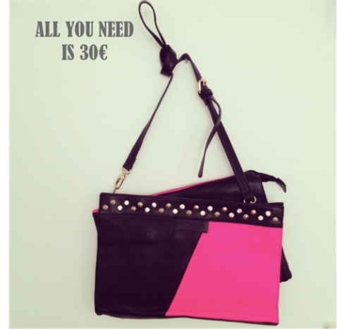All you need is 30 bolso negro y fucsia