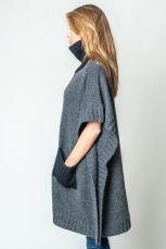 alpaca-wool-oversize-poncho-petit-alpaca